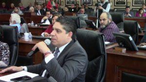 Diputados discuten en pro atención hospitales públicos en el estado