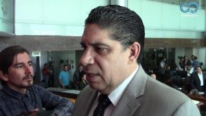 Dip. Rene Frias opina sobre proyecto de prohibir peles de gallos y corridas de toros en Chihuahua